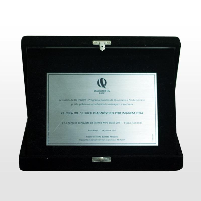 Reconhecimento e homenagem recebidos durante o 17º Prêmio Qualidade RS - PGQP em 2012.